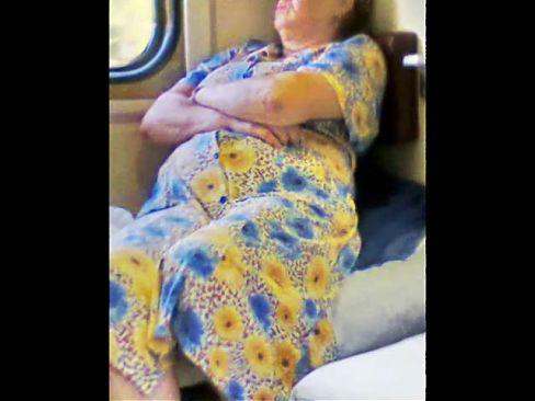 Russian Sexy Granny! Upskirt! Amateur!